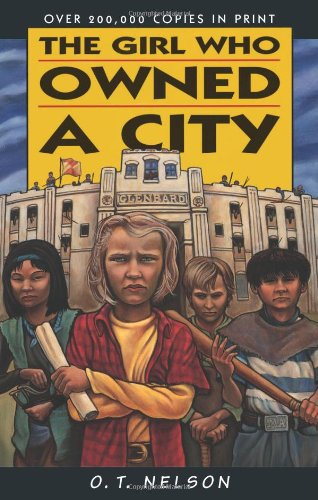 9780822596707: The Girl Who Owned a City