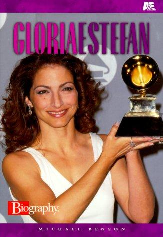 9780822596929: Gloria Estefan (A&E Biography)