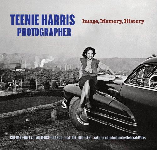 9780822961741: Teenie Harris, Photographer: Image, Memory, History