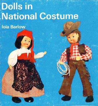 9780823130238: Dolls in National Costume