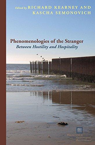 9780823234615: Phenomenologies of the Stranger: Between Hostility and Hospitality