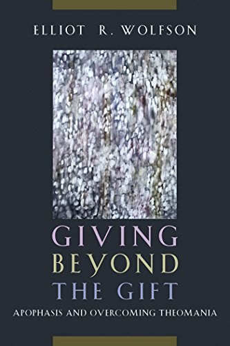 9780823255719: Giving Beyond the Gift: Apophasis and Overcoming Theomania