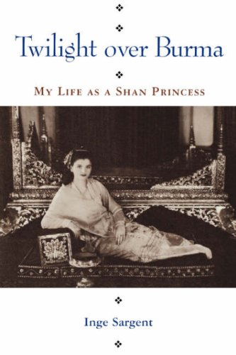 9780824816285: Twilight Over Burma: My Life as a Shan Princess (Kolowalu Books (Paperback))
