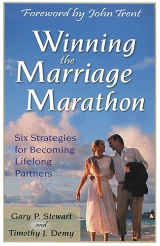 9780825423567: Winning the Marriage Marathon