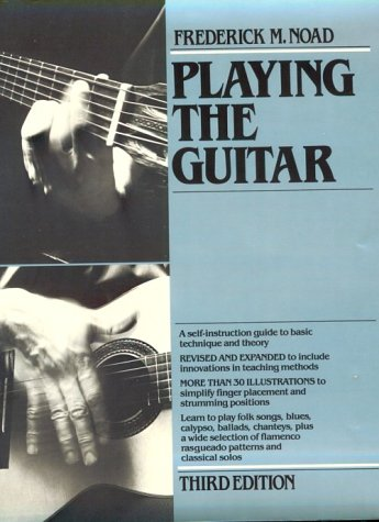 9780825613081: Playing the Guitar