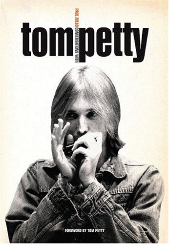9780825634710: Conversations With Tom Petty