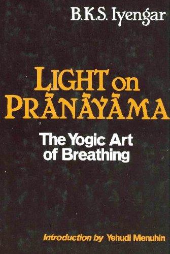9780826400482: Light on Pranayama: The Yogic Art of Breathing