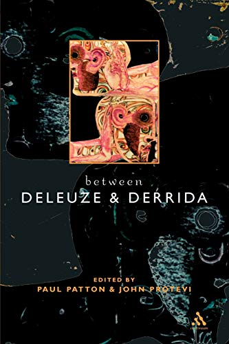 9780826459732: Between Deleuze and Derrida