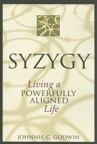 9780827234604: Syzygy: Living a Powerfully Aligned Life