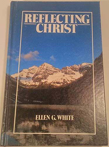 9780828003056: Reflecting Christ