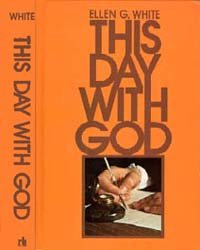 9780828007030: This Day With God