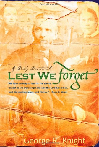 9780828023375: Lest We Forget: Daily Devotionals