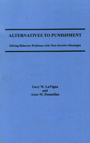 9780829052046: Alternatives to Punishment