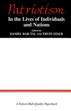 9780830414109: Patriotism: In the Lives of Individuals and Nations