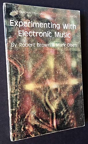 9780830626663: Experimenting with electronic music,