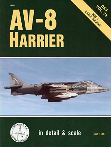 9780830680382: 28: Av-8 Harrier: In Detail and Scale : U.S.M.C. Versions