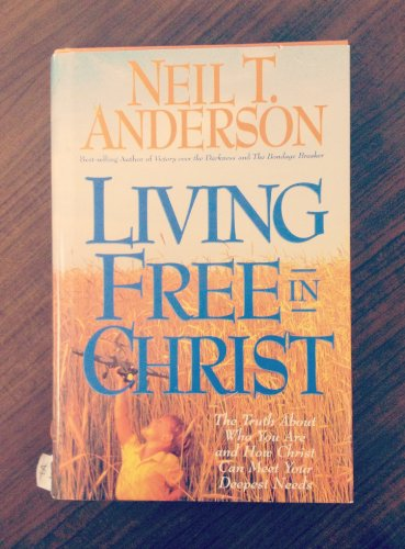 9780830716043: Living free in Christ
