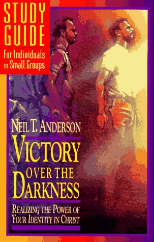 9780830716692: Victory Over the Darkness, Realizing the Power of Your Identity in Christ Study Guide