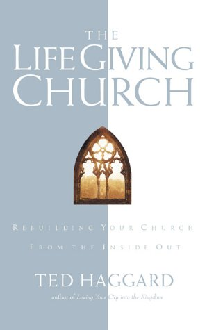 9780830721344: The Life-Giving Church