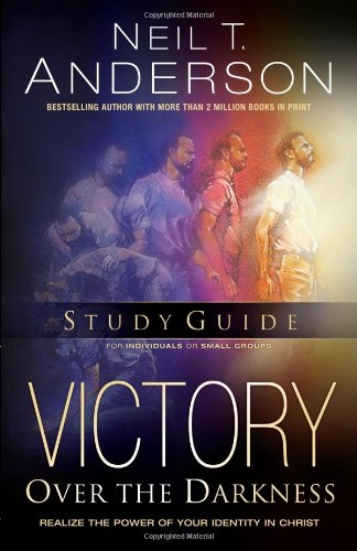 9780830726363: Victory Over the Darkness [Study Guide Edition]