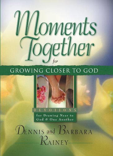 9780830768929: Moments Together for Growing Closer to God: Devotions for Drawing Near to God & One Another