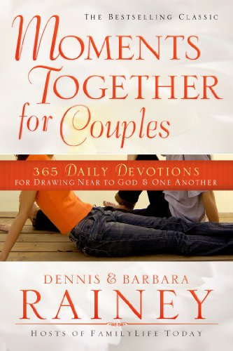 9780830770939: Moments Together for Couples: 365 Daily Devotions for Drawing Near to God & One Another
