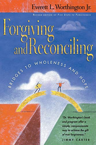 9780830832446: Forgiving and Reconciling: Finding Our Way Through Cultural Challenges