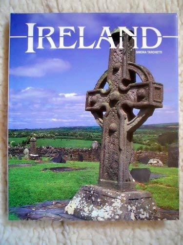 Ireland: World Traveler (ILLUSTRATED): Simonetta Tarchetti
