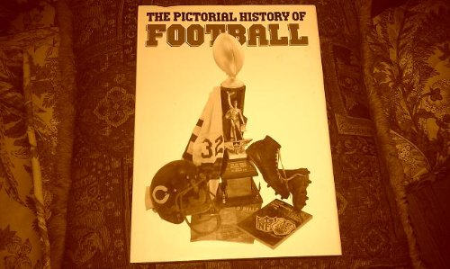 9780831768904: Pictorial History of Football