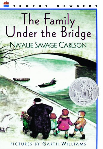 9780833546562: The Family Under The Bridge (Turtleback School & Library Binding Edition)