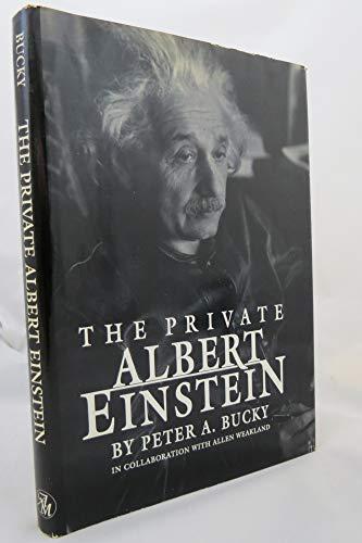 9780836279979: The Private Albert Einstein