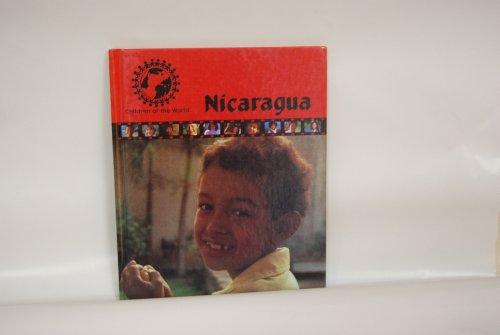 9780836802214: Nicaragua (Children of the world)