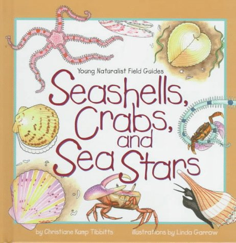 9780836820416: Seashells, Crabs, and Sea Stars (Young Naturalist Field Guides)