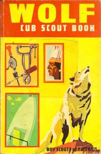 9780839532309: Wolf Cub Scout book.