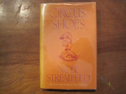 9780839826255: Circus Shoes (Gregg Press Children's Literature Series)