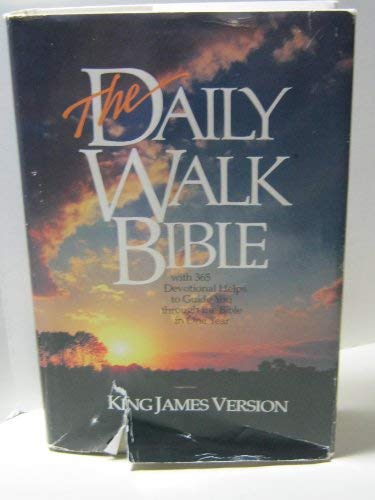 9780842305051: The Daily Walk: King James Version