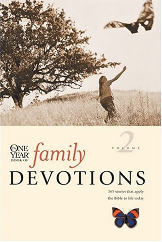9780842325103: One Year Book of Family Devotions, Vol. 2