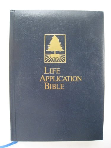 9780842328296: Life Application Bible, Living Version-Deluxe Blue, Padded