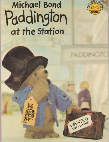9780843107357: Paddington at the Station