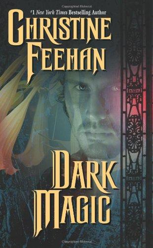 9780843960563: Dark Magic (Carpathian Novels)