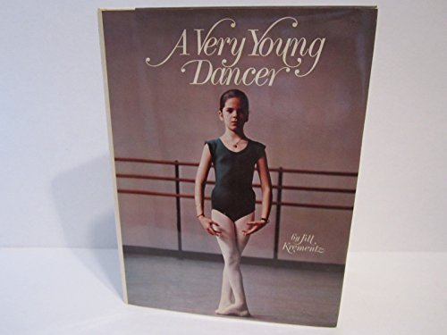 9780844666013: A Very Young Dancer
