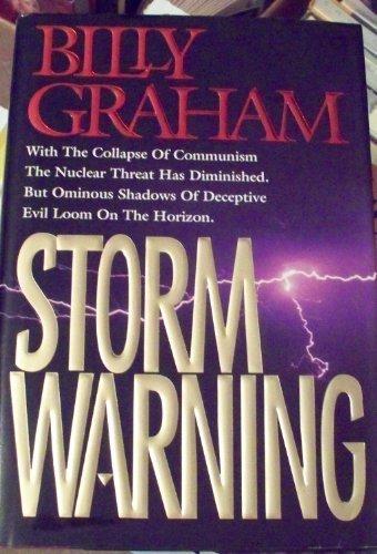 9780849909832: Storm Warning: Deceptive Evil Looms on the Horizon