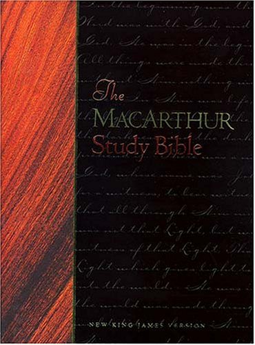 9780849912238: The Macarthur Study Bible (Black Bonded Leather)