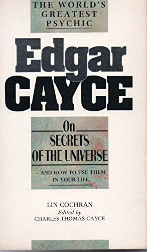 9780850308600: On Secrets of the Universe (Edgar Cayce)