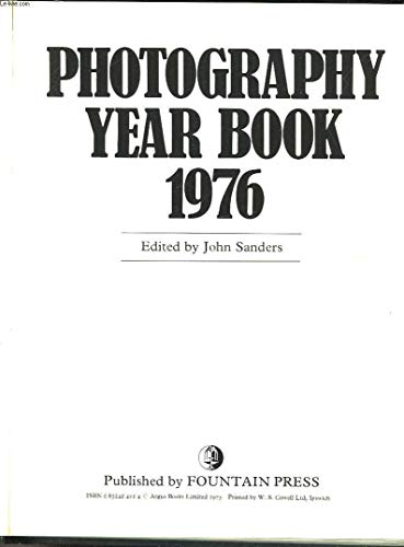 PHOTOGRAPHY YEAR BOOK 1976