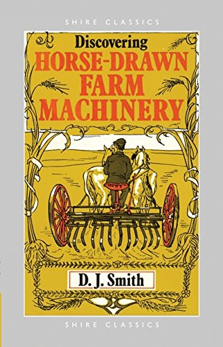 9780852636640: Horse Drawn Farm Machinery (Shire Discovering)