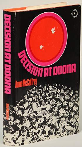 9780853911494: Decision at Doona