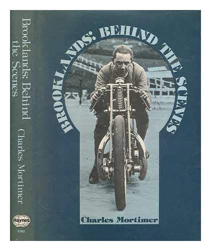 9780854292622: Brooklands: Behind the Scenes (Foulis motorcycling book)