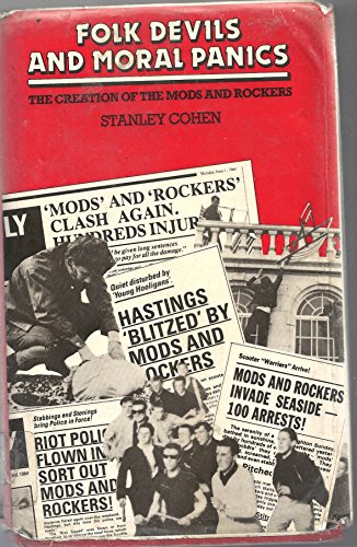 9780855203238: Folk devils and moral panics: The creation of the Mods and Rockers