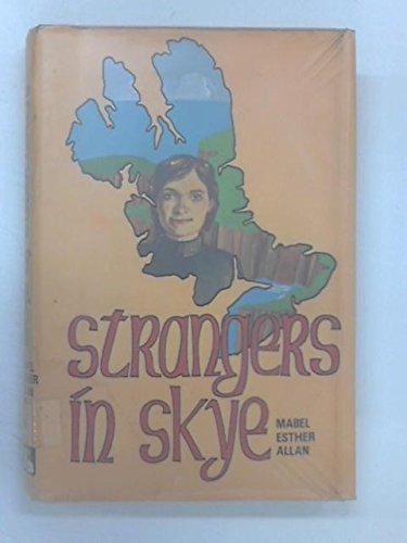 9780856861024: Strangers in Skye
